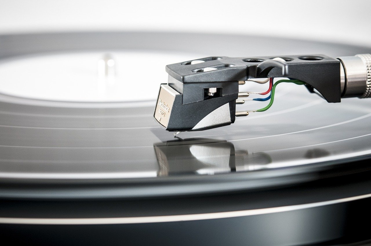 5 Tips on how to buy a used turntable