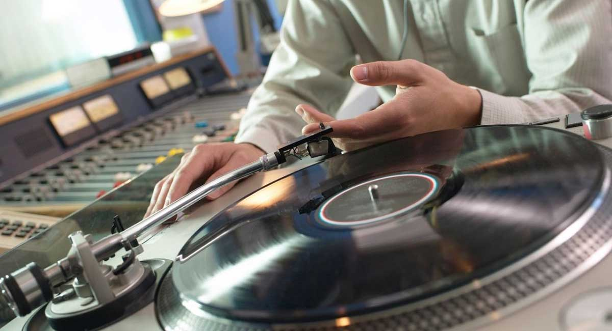 How to Fix Your Record Player