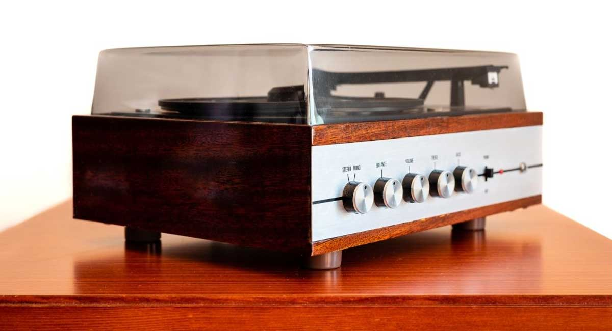 Complete VPI Turntables Dust Cover Review Guide